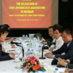 Lao, Vietnamese Journalists' Associations Agree to Strengthen Ties