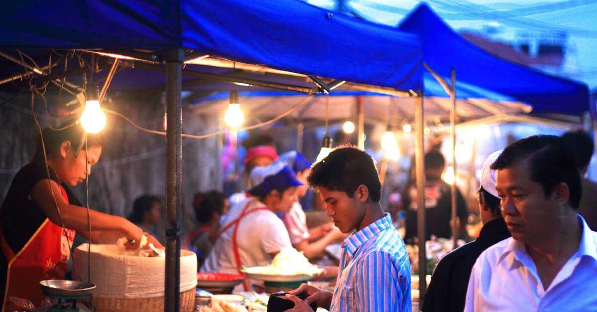 Women Market Vendors Vientiane