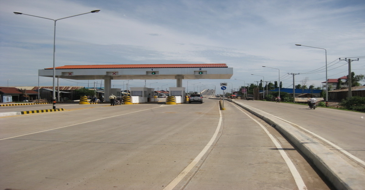 Frustrated Road Users Insist Government Take Over Tolls