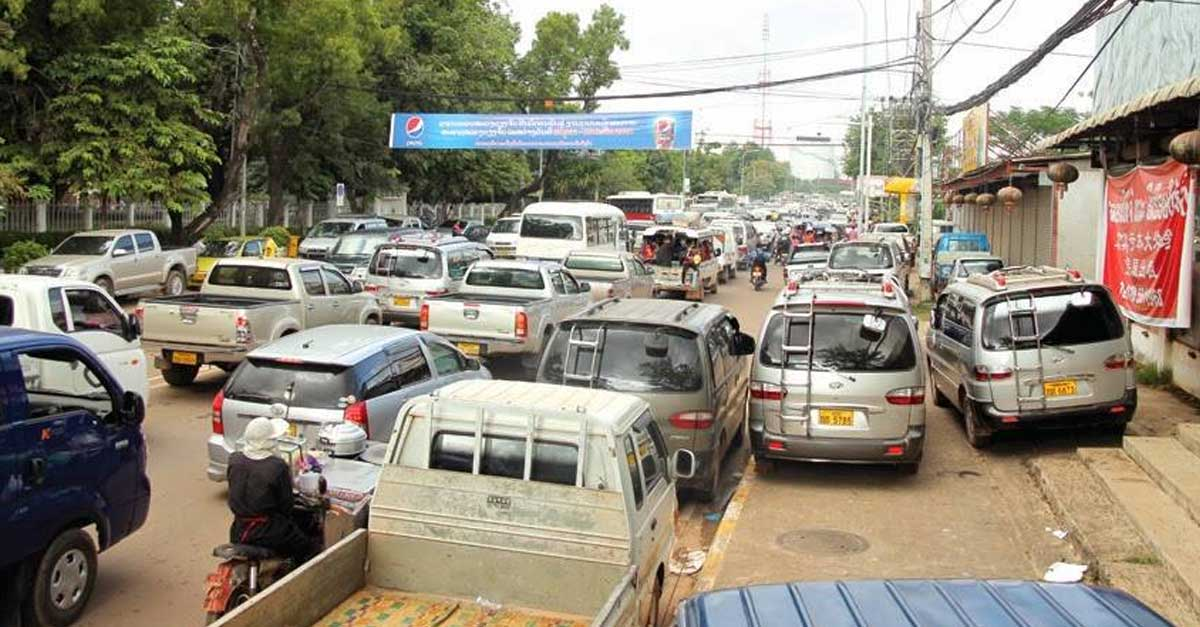900.000 vehicles registered in vientiane capital